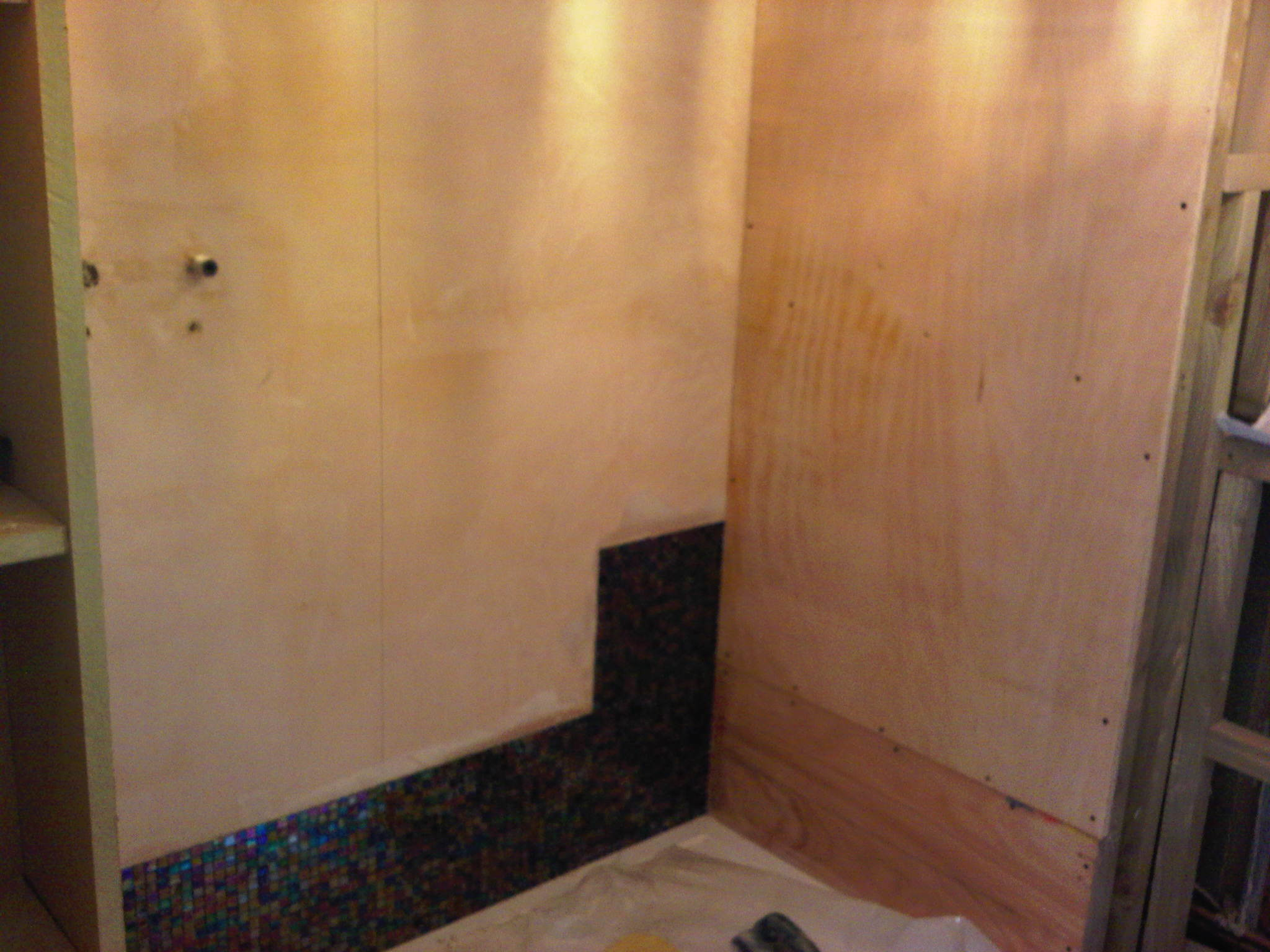 bathrooms-before (5)